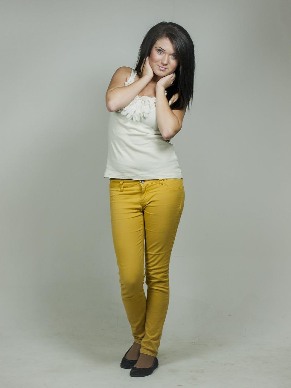 Efektowne jeansy damskie