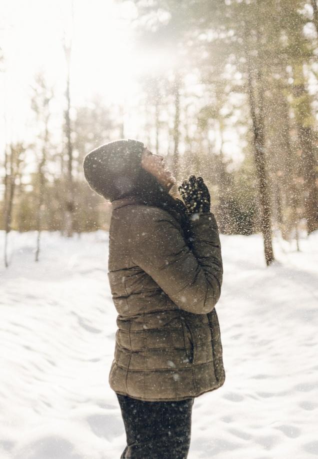 Jak wybrać kurtkę zimową damską w rozmiarze plus size?